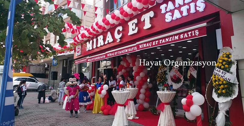 kırmızı beyaz balon süsleme açılış organizasyon