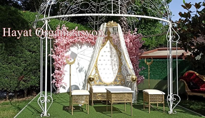 sünnet düğünü organizasyonu sünnet koltuğu süslemesi